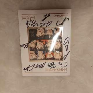 [Price Down]Limited #Wannaone 11Members signed Album | RM150