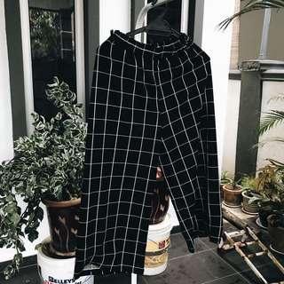 Grid Pants #MakeSpaceForLove #mfeb20