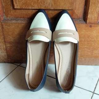 Yongki Komaladi Shoes/Sepatu/Flat shoes