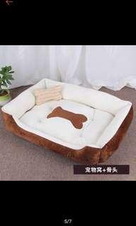 Cross hatch flat doggo bed