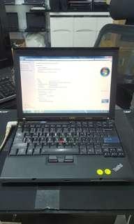 """Cheap Lenovo X200 12""""lcd laptop"""