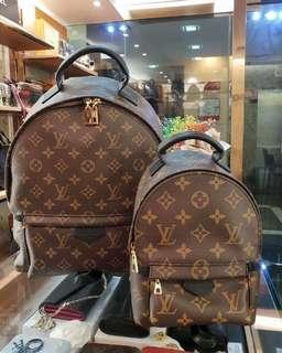 Louis Vuitton Backpack lv palm spring medium VS lv palm spring mini 😍😍😍 All in ready stock