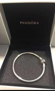 Pandora Bracelet Bangle