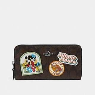 ❤️ Coach F31350 Minnie Mouse Accordion Zip Wallet