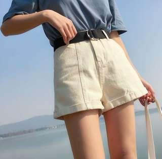 🚚 全新🌟米白色牛仔寬鬆短褲(有腰帶)