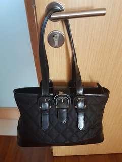 🚚 Vintage Burberry Handbag