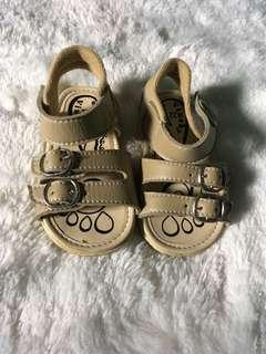 Sandal anak 1th