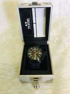 T.W. Steel Limited Edition Wrist Watch Canteen TW953