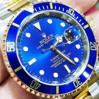 Rolex Submariner Blue/18k gold 40mm Year 2009