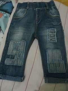 Celana jeans  panjang anak kondisi bagus masih kaya baru br bbrp x pakai.