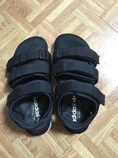 愛迪達涼鞋/ adidas