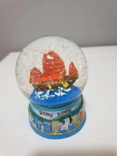 Hong Kong snow globe