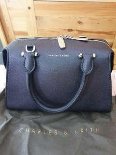 Charles&Keith Bag 1000000% Authentic
