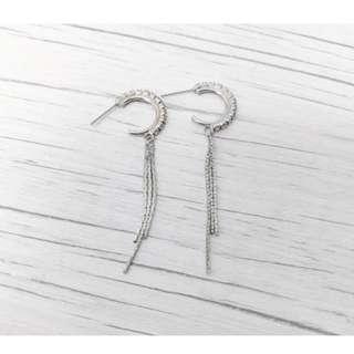 贈)銀色碎鑽月牙流蘇耳環