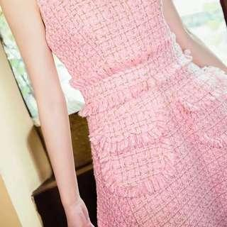 粉紅色套裝