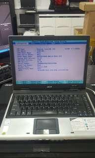 """Sell as it is Acer 5552 14"""" laptop (still can on)"""