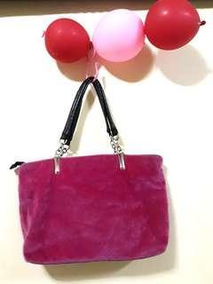 Pinky fur shoulder bag