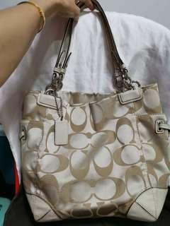 💯% Authentic Coach Bag