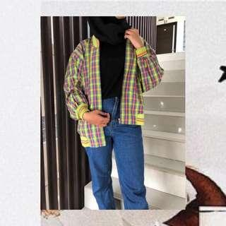 Jaket Thrift Rainbow
