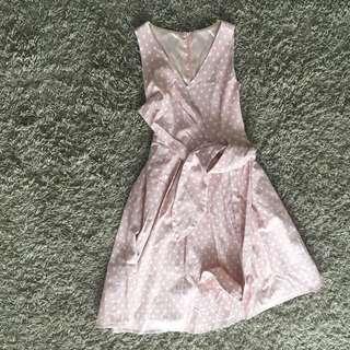 🚚 Pink polka dot dress girly vneck