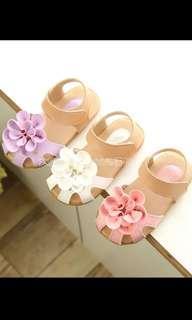 🚚 立體花朵涼鞋