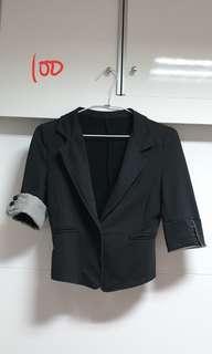 🚚 黑色外套