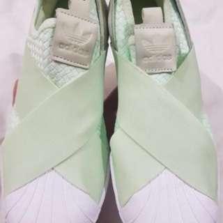 SUPER SALE!!!Brandnew Authentic Adidas Slip on