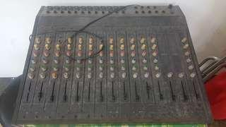 Mixer 12 channel