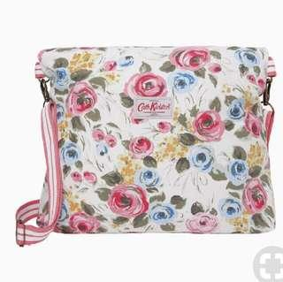 Authentic Cath Kidston Painterly Rose And Pink Buttons Cross Body Messanger Reversible Bag