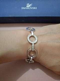 Authentic Swarovski Ladies Bracelet Circle