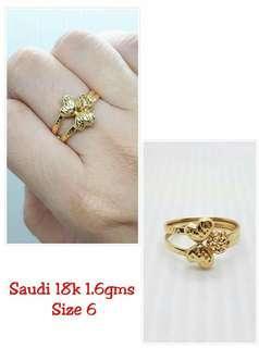 Ladies ring pawnable