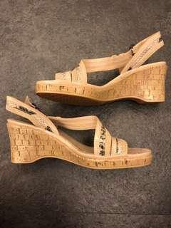 🚚 出清!AEROSOLES 羅馬鞋、米色蛇紋✨出清不二價TWD240☺️✨