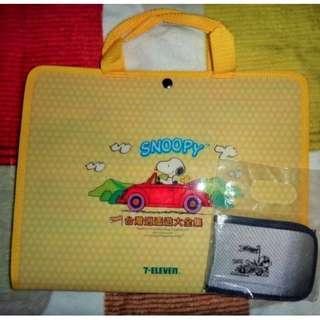 🚚 史努比snoopy台灣逍遙遊3D卡套共53款(缺A7)+收集冊(贈隨身卡冊) 7-11