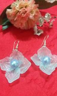 Flower Dangling Earrings