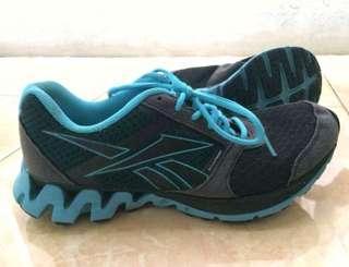Sepatu Lari Reebok