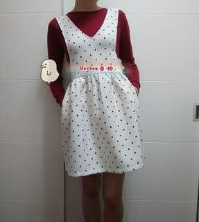 🚚 點點花苞式洋裝