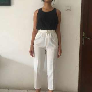 Celana pants putih