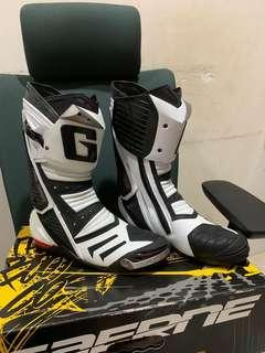 Gaerne GP1 racing boots