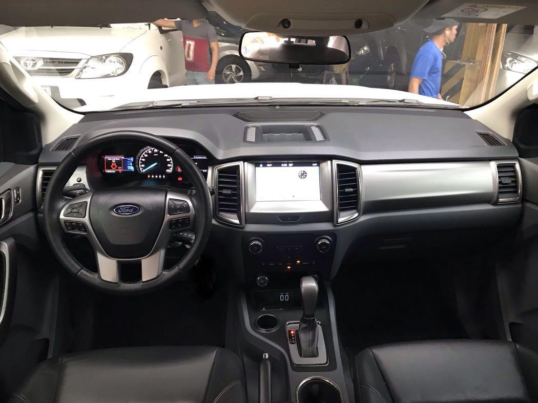 2017 Ford Everest Trend 4x2 automatic X fortuner montero 2016 2018