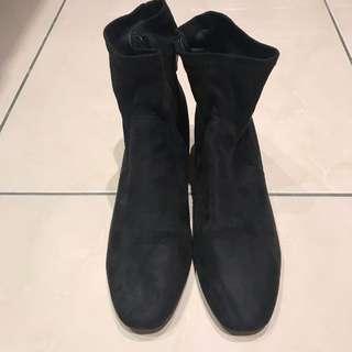 仿麂皮粗跟短靴