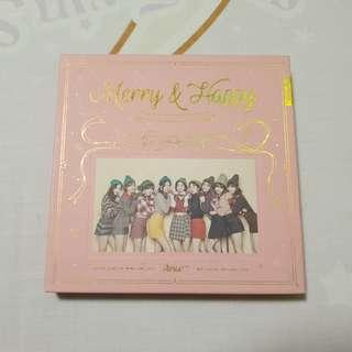 🚚 Twice Unsealed Merry and Happy Pink Album Momo Set