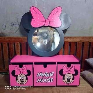 Minnie Mirror with drawer