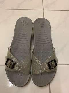 Authentic Scholl Preloved