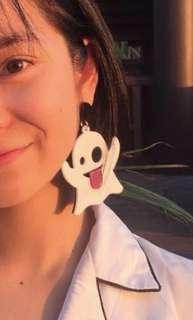 🚚 snapchat logo earrings