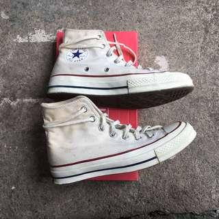 REDUCED Converse Chuck Taylor All Star 70 High Cut