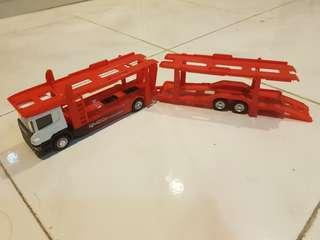 Lorry carrier