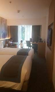 HOLIDAY INN EXPRESS NEWPORT HOTEL RESORTS WORLD MANILA
