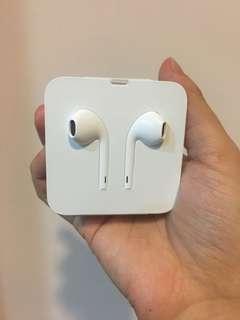 🚚 Iphone7/8/X EarPods 具備 Lightning 連接器耳機
