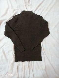 🚚 棕色微高領坑條縮袖上衣
