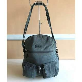 Pre-owned MultiSac Brand Shoulder Bag from U.S       Dimension:  - Height = 11 inch  - Length = 8 inch  * Nice in actual